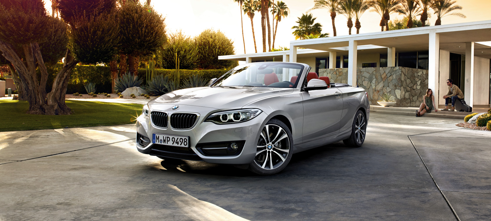 BMW 2 Series Convertible : At a Glance